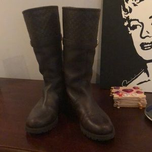 Gucci shearling lined boots